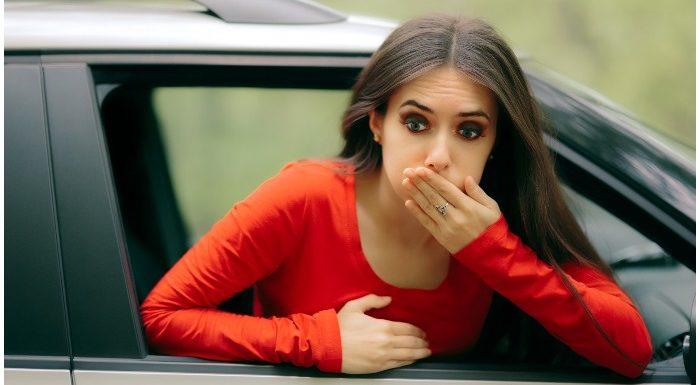 सफर के दौरान Vomiting से कैसे बचें, ये TIPS हैं काम के