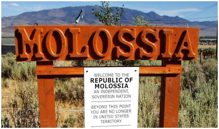 Republic of Molossia,Smallest Country in the world,less populated country in the world, world tour, world travel