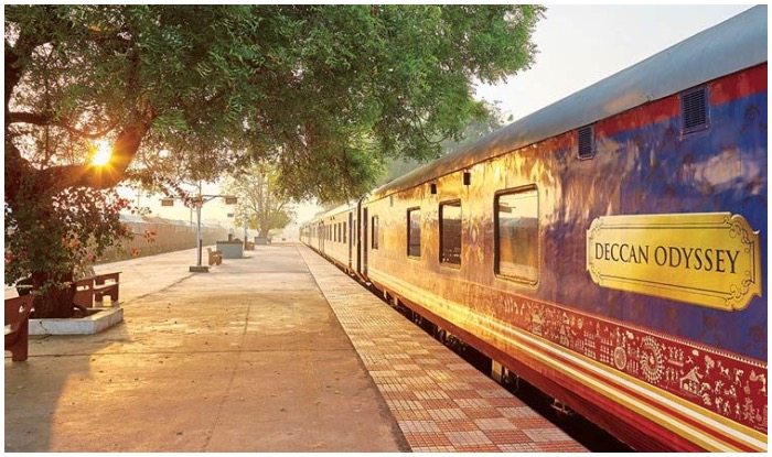 Deccan Odyssey, World's Top Luxury Train, Luxury Train, Indian Railway Luxury Train Booking, Indian Railway Best Journey, Indian Railway Best Photos