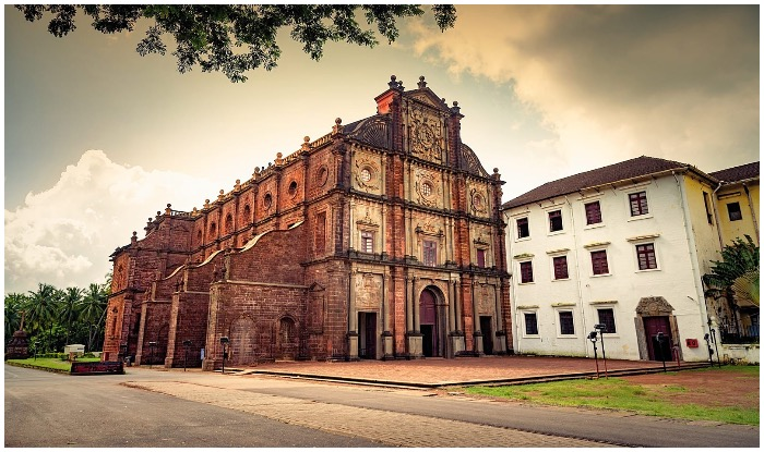 Basilica of Bom Jesus, Old Goa Church, Old Goa CHurch History, Basilica De Bom Jesus Church Goa, Timing, History, Goa Church, Goa Beautiful Church