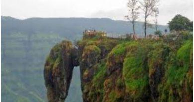 मानसून में कहां घूमें, मानसून में घूमने की जगहें Panchgani hill statio , Msaharashtra