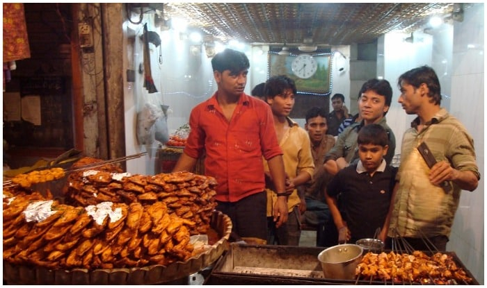 6 places in Chandni Chowk Famous for best street food available