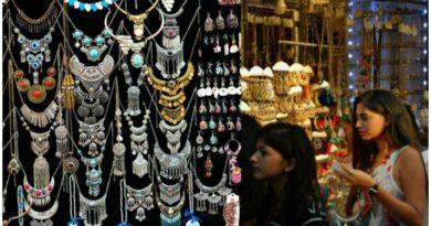 Best 5 Markets to Buy Artificial Jewellery in Delhi
