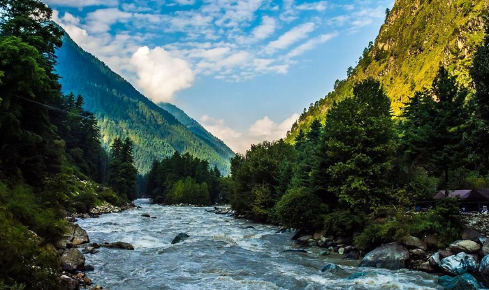 Himachal Pradesh Tour Guide - Which place is the best, How to reach, here Full Information