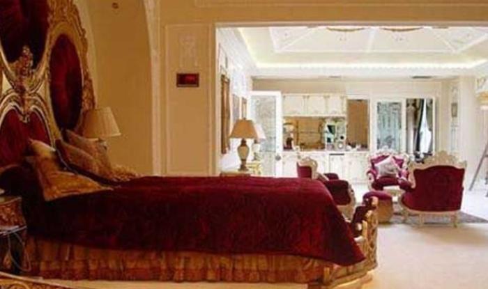 see Gauri Khan dubai's house inside photos