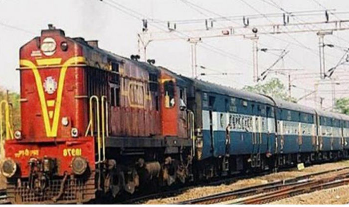 indian railway cancelled many festival special and special clone